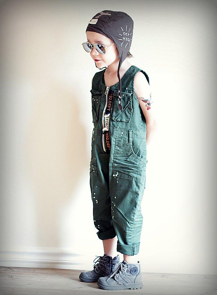 Superhero Pilot - Little boy dress-up with the Babiekins Magazine Blog