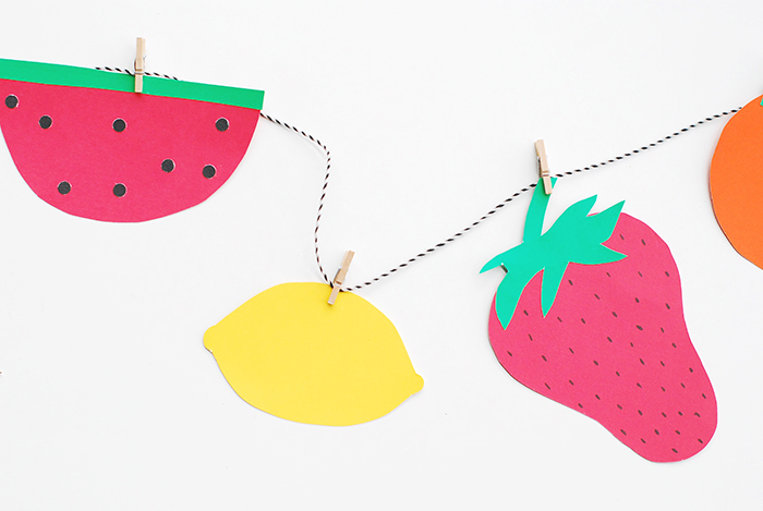 Babiekins Magazine // DIY Paper Fruit Garland