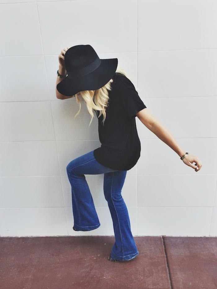 Babiekins Magazine | Slouchy tee & Flare Jeans