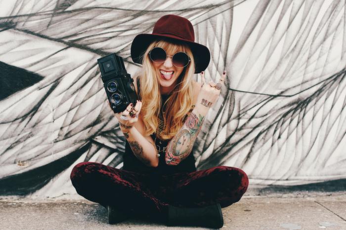 Babiekins Magazine| Momkins//Rockin' Mama