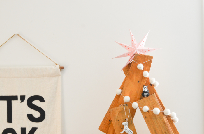 Babiekins Magazine|Craftykins//Alternative Christmas Tree