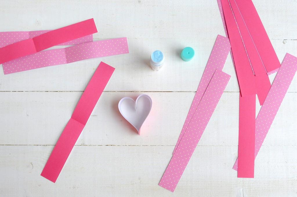 Babiekins Magazine|Craftykins // DIY Paper Hearts