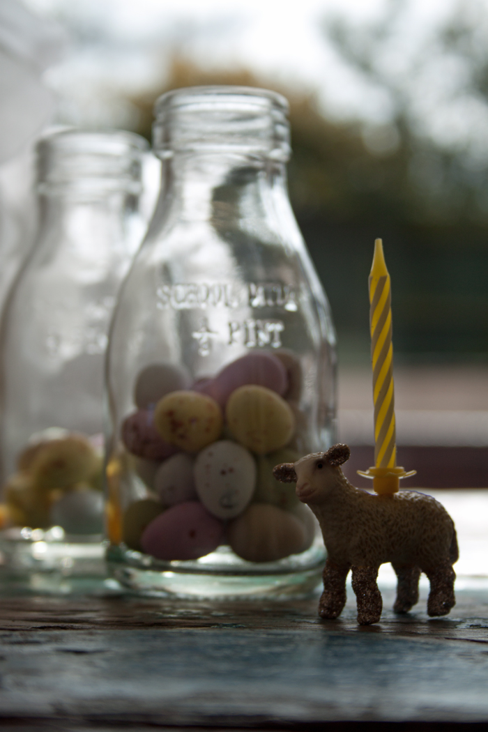 Babiekins Magazine | Lamb Candle Close Up