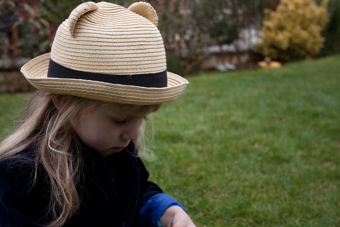 Babiekins Magazine | Storykins // Alice In Wonderland Edie In Hat
