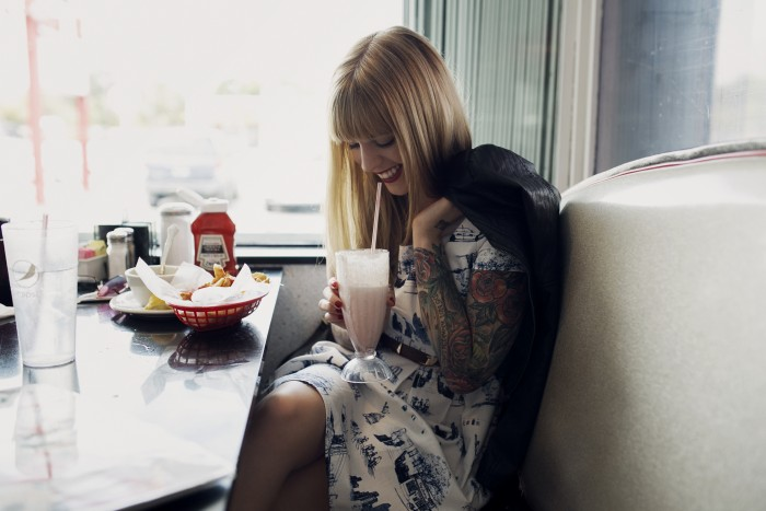 Babiekins Magazine|Momkins//Diner Date