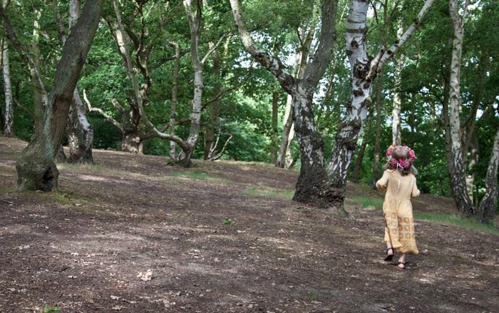 Babiekins Magazine | Festival Fashionkins | Edie running up hill
