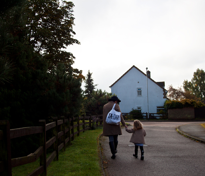 Babiekins Magazine | Momkins | Walk To School