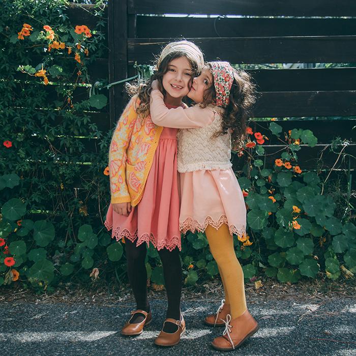 Babiekins Magazine I Sisters
