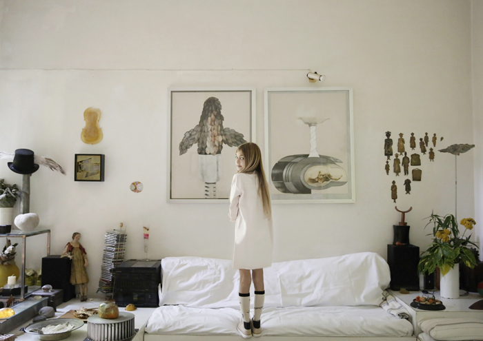 Babiekins Magazine | A Room Hung With Pictures Is A Room Hung With Thoughts 01