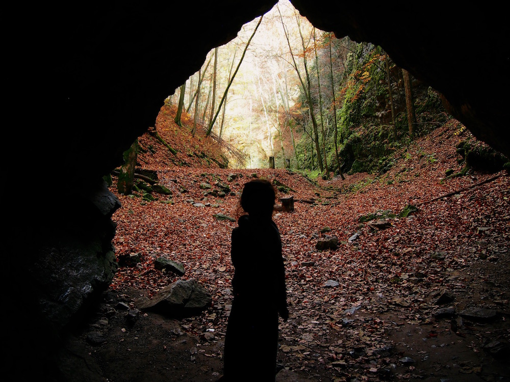 BABIEKINS MAGAZINE | Last leaves of Fall in the Moravian Karst