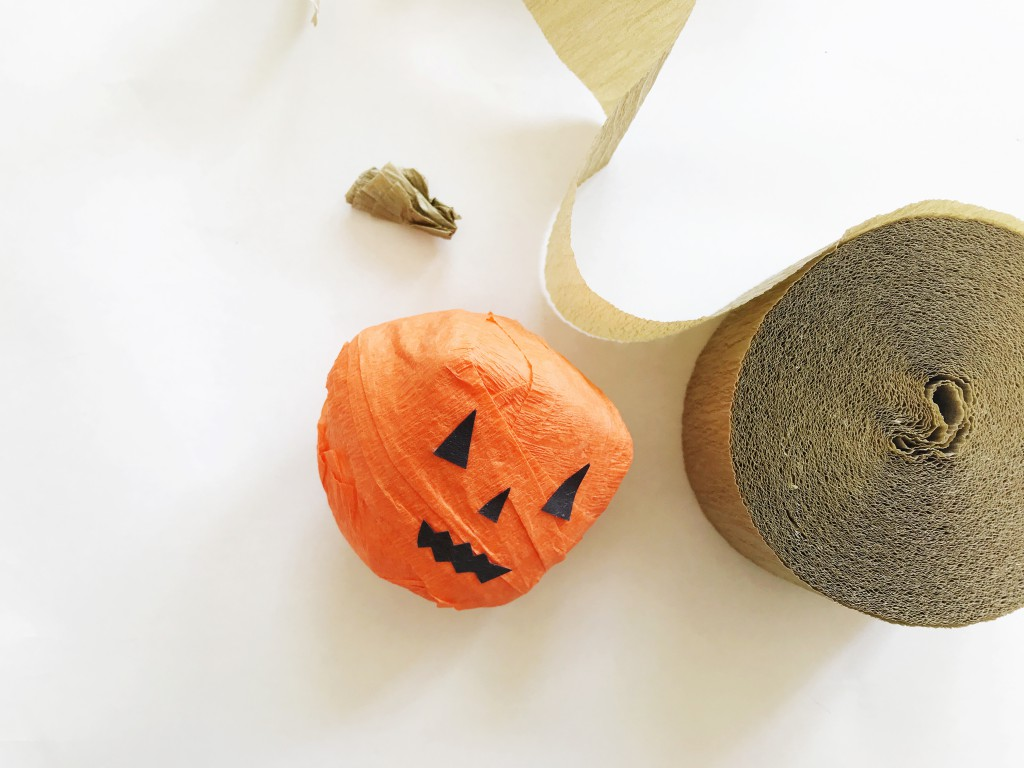 pumpkin surprise ball DIY-step6