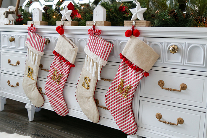 BABIEKINS MAGAZINE | Buffalo Plaid & Holiday Decor