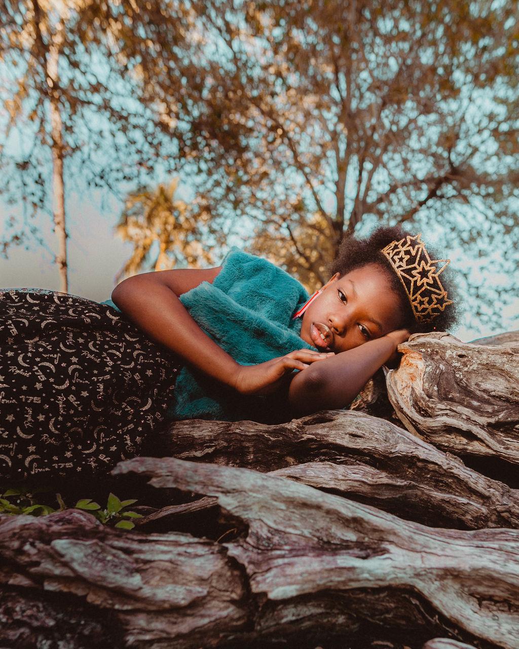 BABIEKINS MAGAZINE | Queen by Celia D. Luna & Leslie Schor